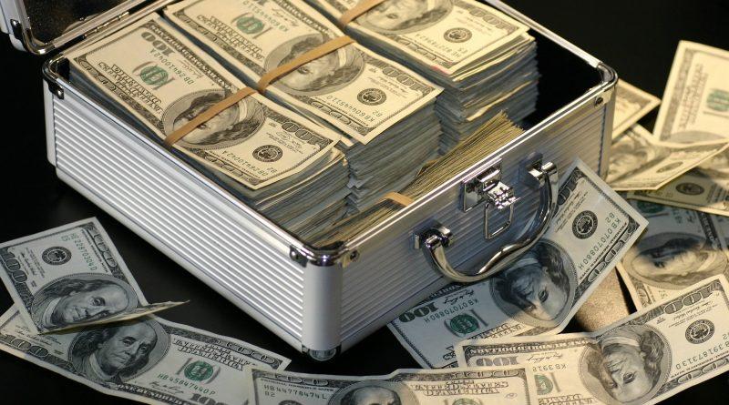 money 1428594 1920 800x445 - Jeff Bezos muss seiner Frau 70 Milliarden Dollar bezahlen