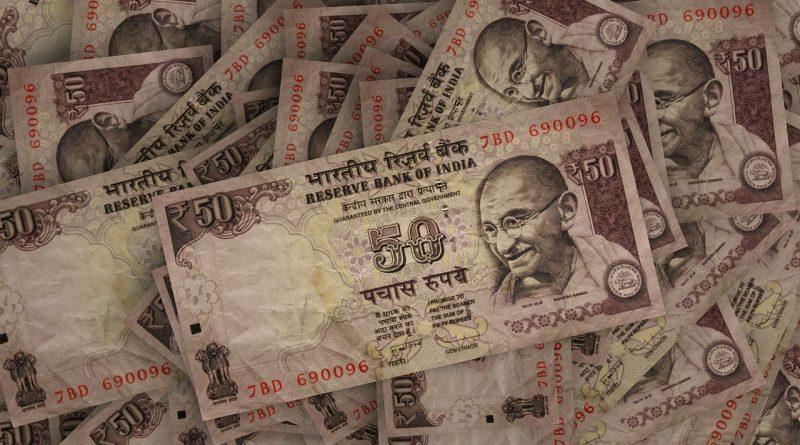 rupees 587271 1280 800x445 - Indische Zentralbank RBI senkt den Leitzins