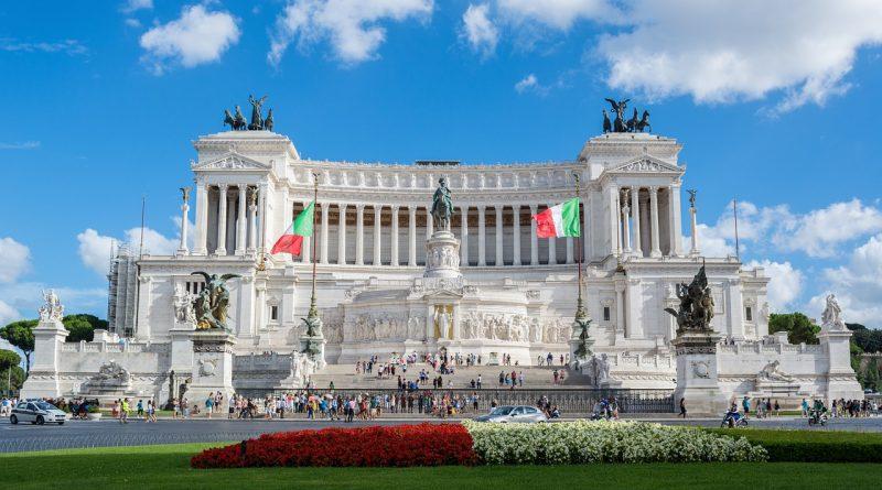 the altar of the fatherland 760337 1280 800x445 - Italien stellt sich gegen den Regimewechsel in Venezuela