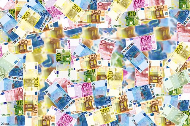 bills 496229 640 - Wie kann ich mich auf eine Währungsreform vorbereiten?