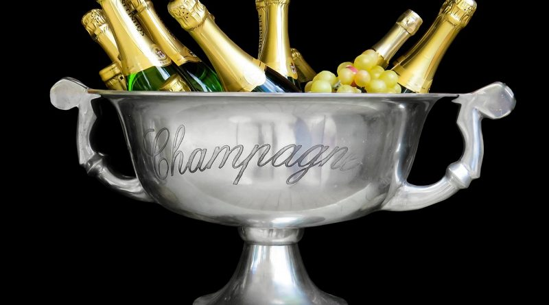 champagne 1500248 1280 800x445 - Weniger Champagnerkorken knallten im letzten Jahr
