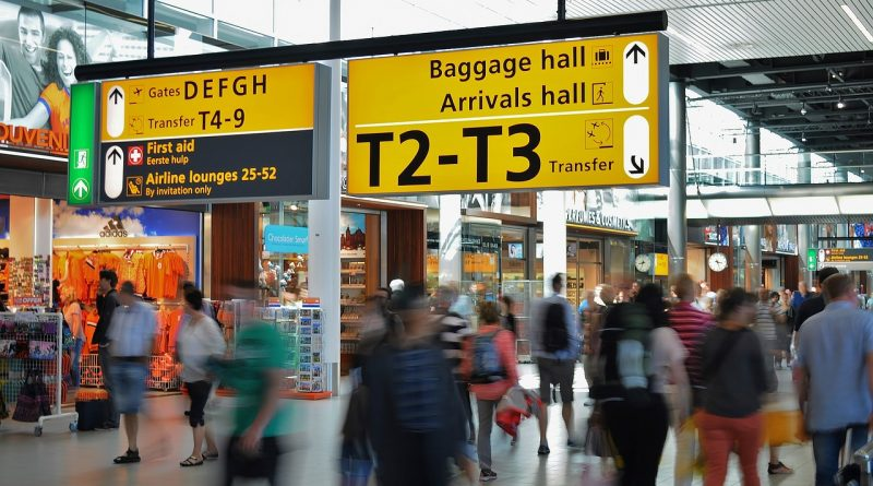 airport 384562 1280 800x445 - Wie man sich online seinen Boarding-Pass ausstellt
