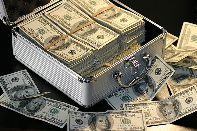 money 1428594 640 - Die globale Bankenkrise nahm in der Mongolei ihren Anfang
