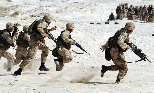 soldiers 1002 640 - Vom dritten Weltkrieg sind wir noch sehr weit entfernt