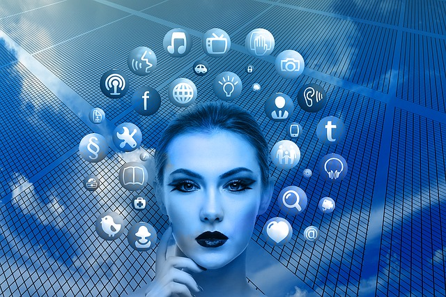 """woman 1446557 640 - Facebooks """"Libra"""" ist keine Kryptowährung"""