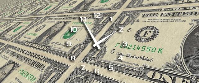 clock 2883626 640 - Der Grund für die weiterhin andauernde Liquiditätskrise